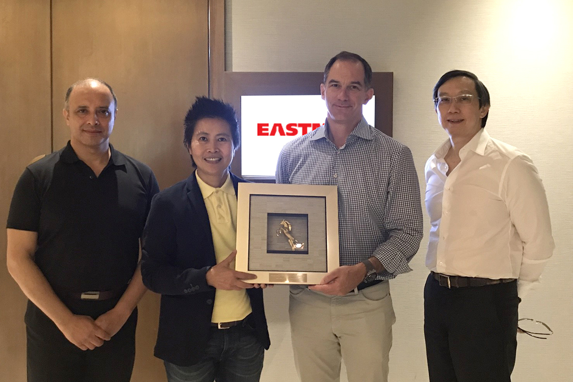 Lamina meets CEO of Eastman Chemical, preparing a full-fledged Asian optical film market plan.